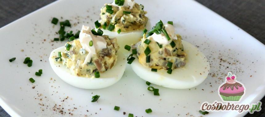 Przepis na Jajka faszerowane pieczarkami