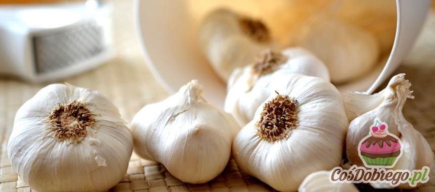 Jak usunąć zapach czosnku z rąk? – porada