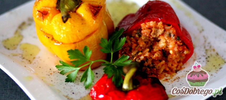 Przepis na Papryki faszerowane ryżem i mięsem mielonym