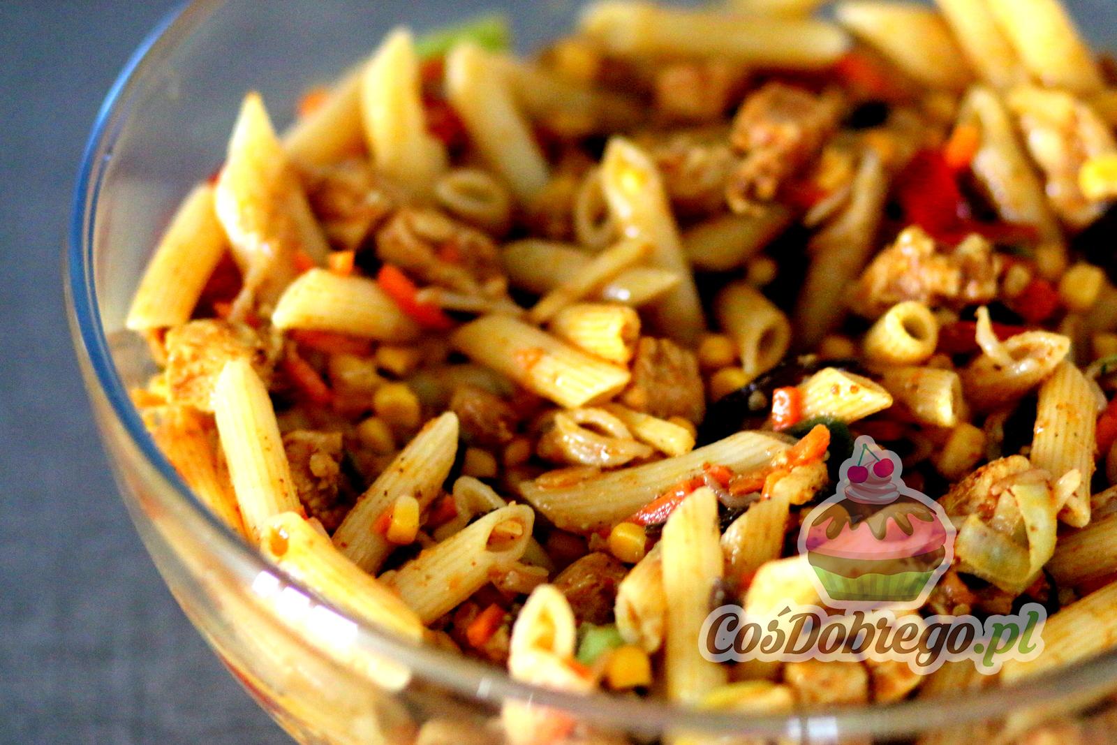 Przepis Na Salatke Z Makaronem I Kurczakiem Danie Chinskie