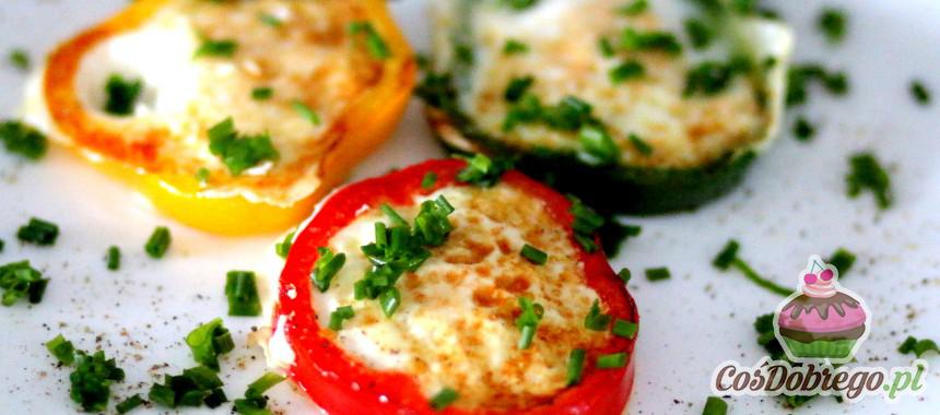 Przepis na Jajeczka w paprykach