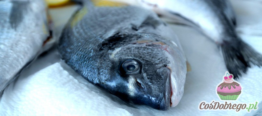 Jak pozbyć się zapachu ryby w lodówce? – porada