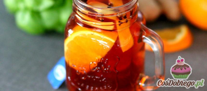 Przepis na Jesienną herbatę z pomarańczą i goździkami