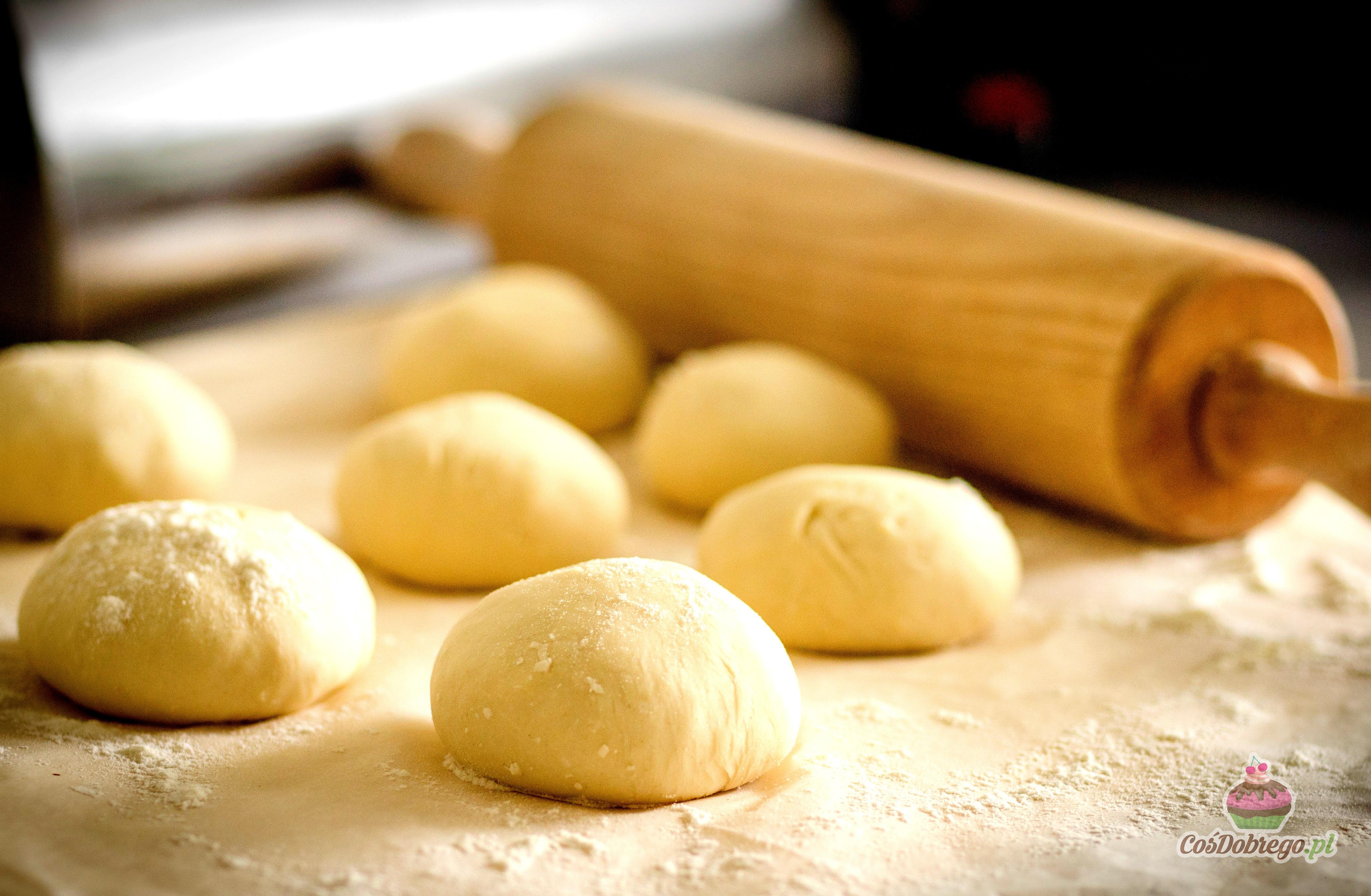 Znalezione obrazy dla zapytania przesiewanie mąka
