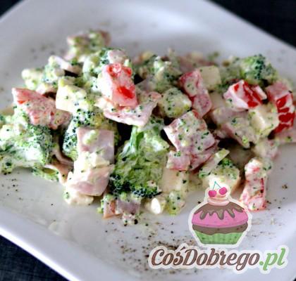 Salatka Z Serem Feta I Brokulami 01