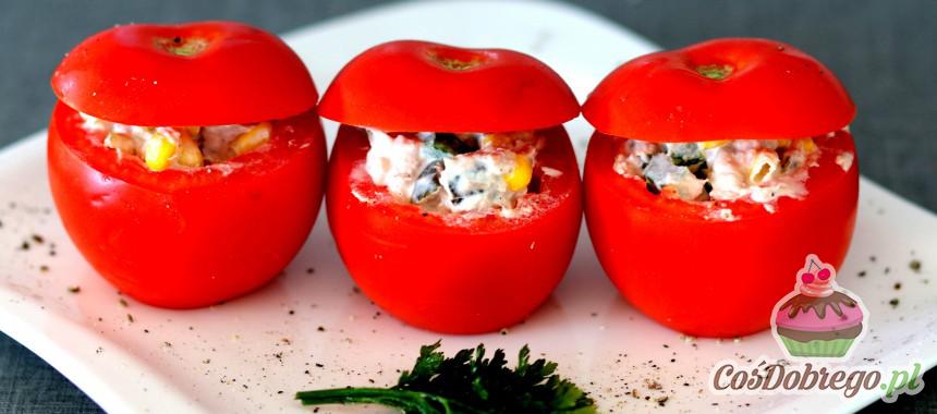 Przepis na Pomidory faszerowane warzywami i tuńczykiem