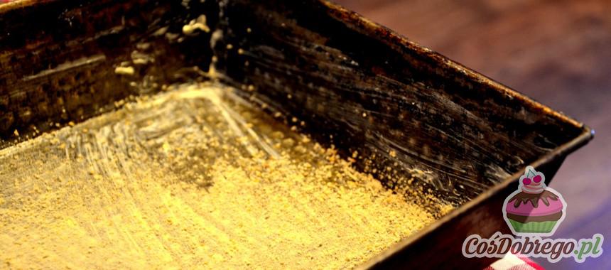 Czym najlepiej smarować blaszki do pieczenia ciast? – Porada