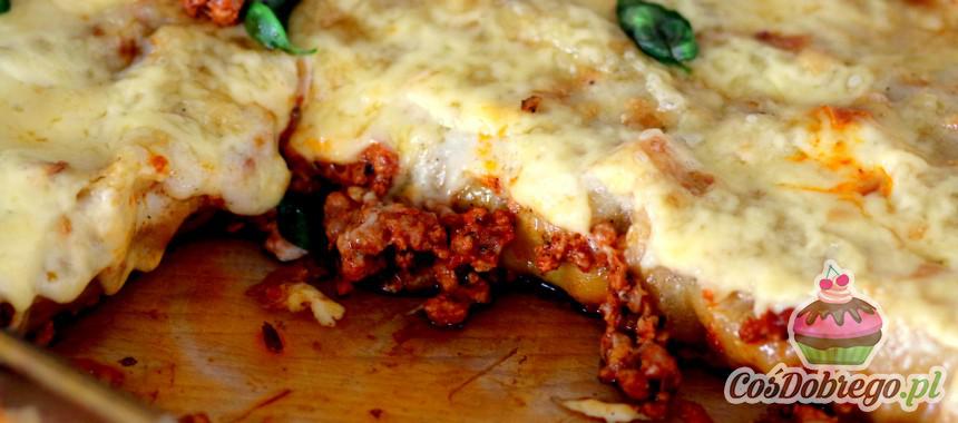 """Przepis na Zapiekany makaron """"Cannelloni"""" z mięsem mielonym i sosem beszamelowym"""