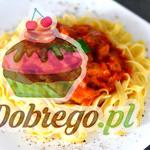 Przepis na Tagliatelle z polędwicą w sosie pomidorowym