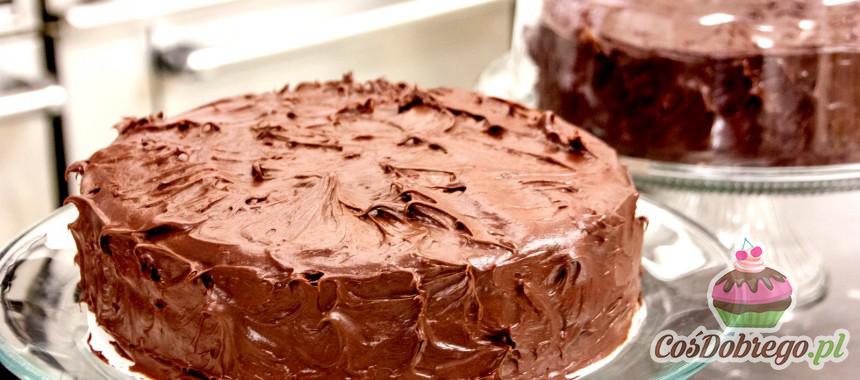 Co zrobić, aby ciasta nie przesiąkły zapachem blachy? – Porada