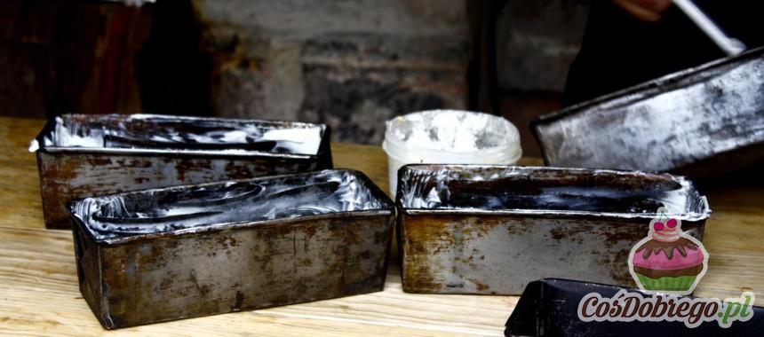 Jak uratować zardzewiałe blaszki do pieczenia? – Porada