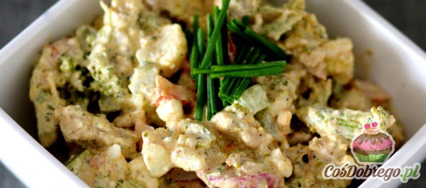 Przepis na Sałatkę z warzywami i kurczakiem