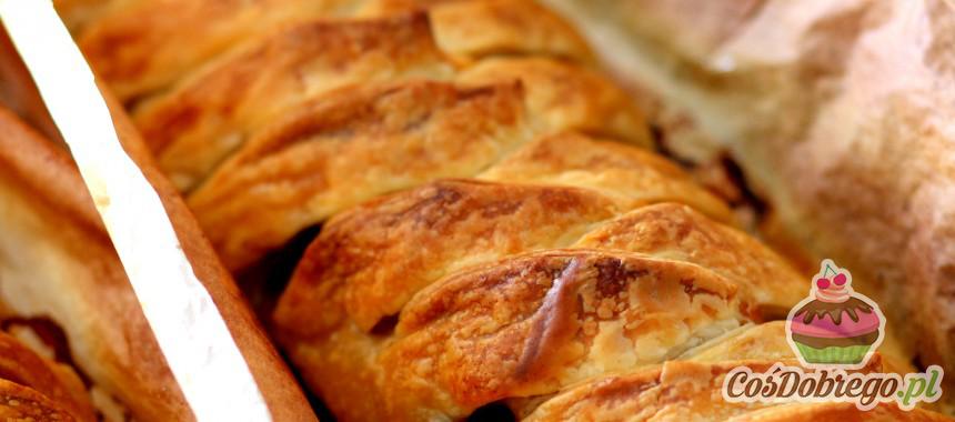 Przepis na Warkocz z ciasta francuskiego z mięsnym nadzieniem