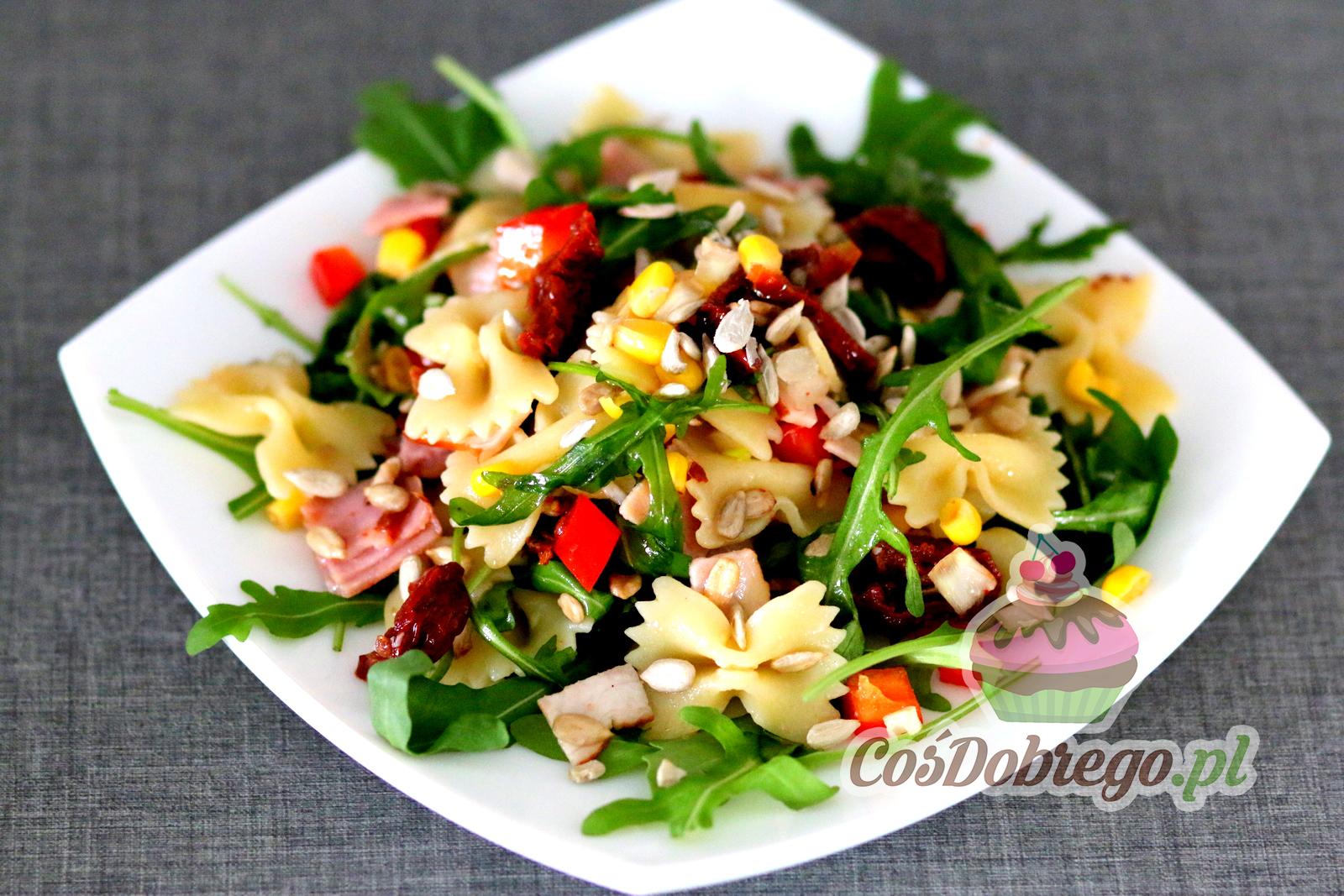 Przepis Na Salatke Z Suszonymi Pomidorami I Rukola Cosdobrego Pl
