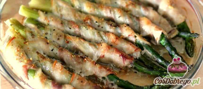 Przepis na Zapiekane szparagi z boczkiem