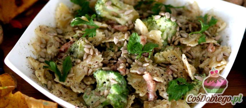 Przepis na Makaron z boczkiem i brokułami