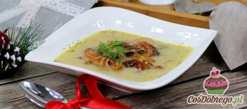 Przepis na Zupę grzybową z wędzonym łososiem