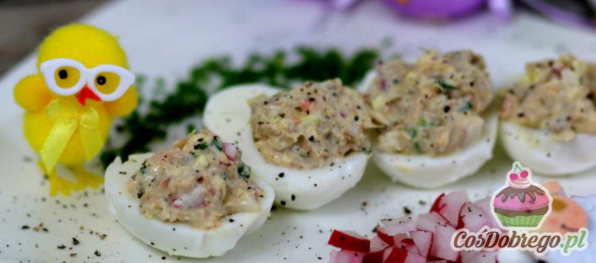 Przepis na Jajka faszerowane pastą z łososia
