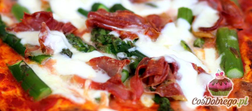 Przepis na Pizzę ze szparagami